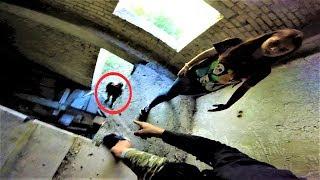 Спас девушку от охраны. Побег от охраны и полиции. Драка с охраной