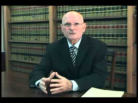What Is the Difference Between a Prosecutor and a Defense Attorney - Dirmann Law - Sarasota, FL