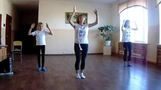Танец девочек 7 класс.