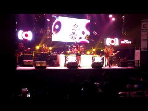 Royal Army Band Jogja cover Flashlight by Jessie J