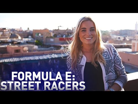 Solar Powered Cars! - Formula E: Street Racers