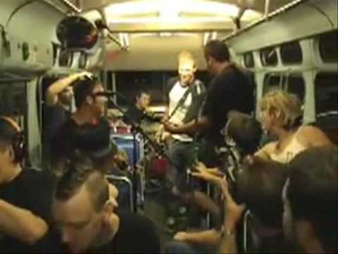 Off With Their Heads - Die Today (live on a moving city bus) mp3