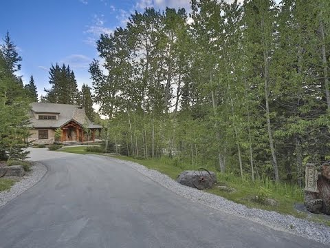 Country Living at its Finest in Priddis, Canada