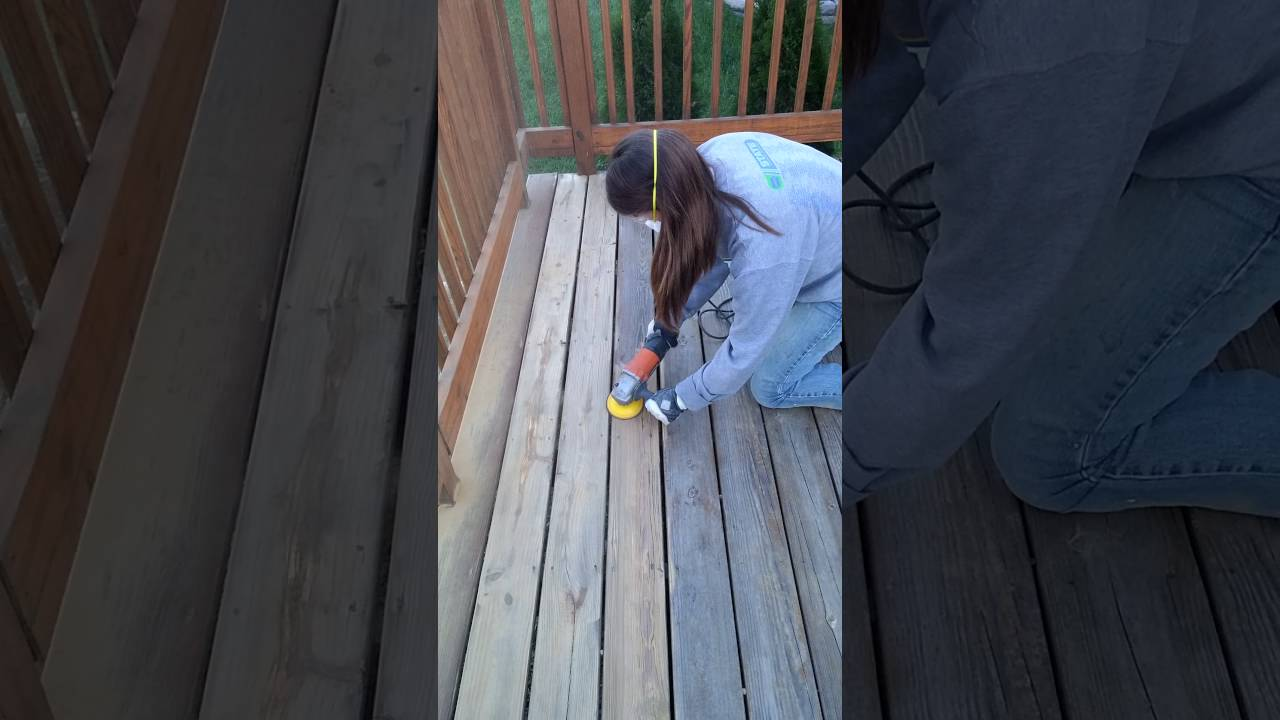 How to sand a deck - YouTube