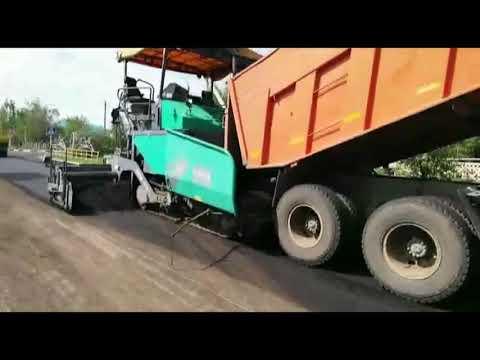 В Карасу в самом разгаре средний ремонт автодорог / Как ремонтируют дороги в Казахстане