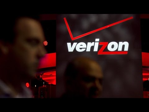 Here's What Jim Cramer Thinks About Verizon's Stock