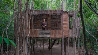 Solo Bushcrafts Build Wooden Villa to Live, Girl Live Off Grid