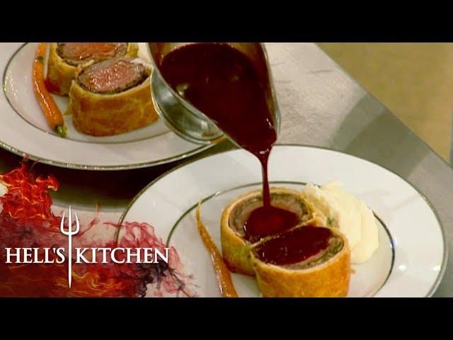 Chef Falls For Chef Scott\'s Trick | Hell\'s Kitchen