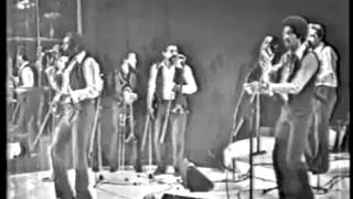 JUAN FORMELL y Los  Van Van de Cuba  - Será Que Se Acabo-Año  1984