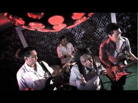 Data Band Ku Menanti Ku Menangis Official MV HD-Video with Lyric