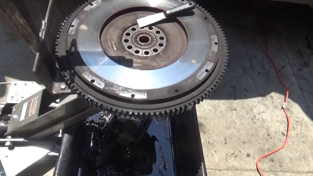 Replace Clutch On Big Truck   Part 3  Lower Trans  Clutch