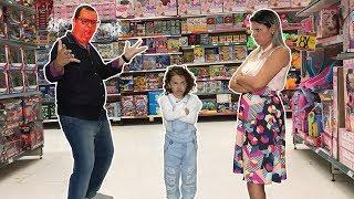 TIPOS DE CRIANÇAS na loja de brinquedos 06 - VALENTINA