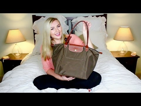 What's In My Bag: Airplane Edition!