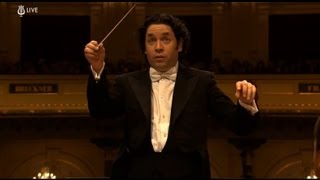 Dudamel & Simon Bolivar Orchestra - Live HD at CONCERTGEBOUW - Benzecry: Rituales Amerindios