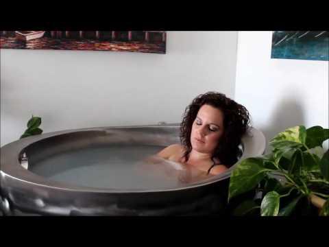 DaVinci Spas Japanese Soaking Tub  YouTube