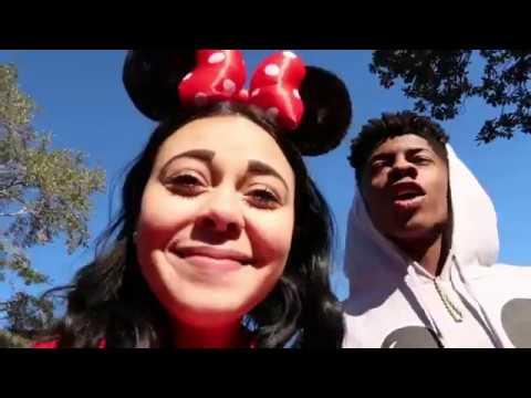 ADVENTURES AT WALT DISNEY WORLD MAGIC KINGDOM(First Vlog)