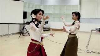 The Moon Love Dance - Meng Yean And Meta