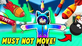 WINNING WITHOUT MOVING! Roblox Super Bomb Survival Challenge!