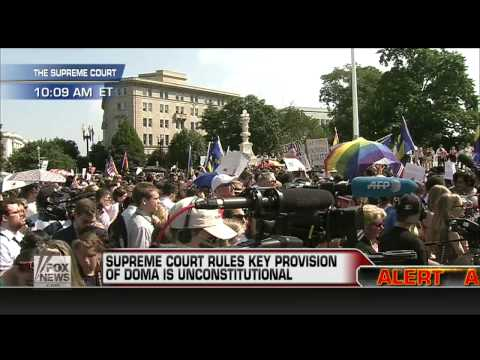 America : Supreme Court strikes down DOMA and Prop 8 within the United States (Jun 26, 2013)