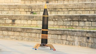 How to make a Rocket - cardboard Rocket