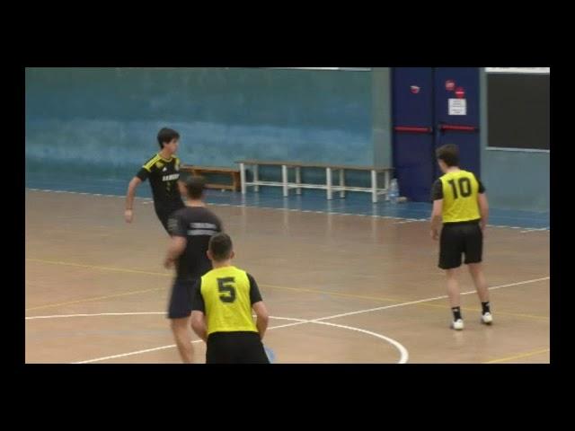Despistes Tontos taldea nagusi 24 orduko areto futbol txapelketan