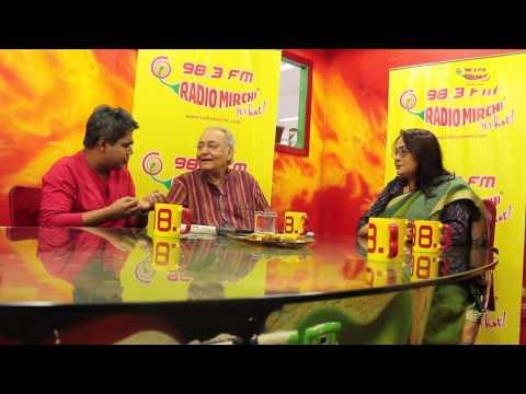 Soumitra Chattopadhyay with RJ Mir at Mirchi