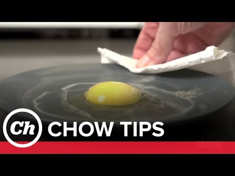 Cook Eggs 3 Ways in the Microwave - CHOW Tip