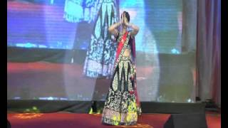 Dream Merchants 1113 - Sangeet Bride solo - Piya ghar aavenge
