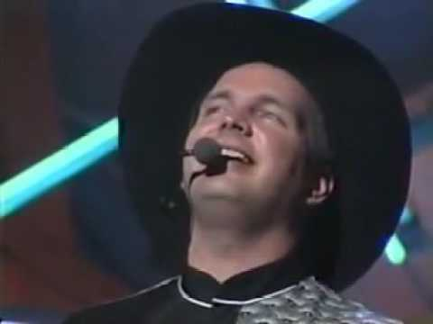 Garth Brooks The River  Live 1992
