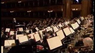 Pierre Boulez conducts Stravinsky