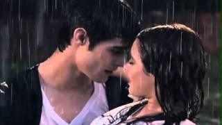 Beso Violetta y Thomas (Поцелуй Виолетты и Томаса)-HD