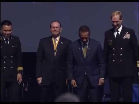 2014 Distinguished Graduate Award Medal Ceremony