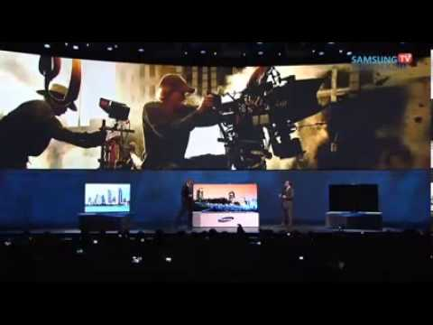 Michael Bay panico escenico CES 2014 in Vegas Videos De Viajes