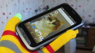 обзор Senseit R450, смартфона броневичка с хорошим аккумулятором