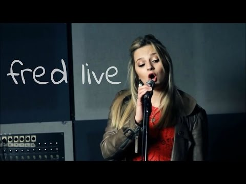 Fred // Debut Single - Hollie Thubron (Live In Studio)