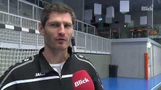 Handball-legende henning fritz trainiert die schweizer goalies
