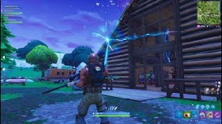Weird rift appeared in Lonely Lodge, ideas? (fortnite)