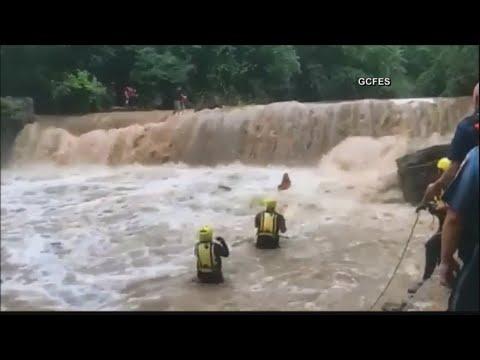 Orlando Mix - VIDEO: 11 Personas Fueron Rescatadas En Un Rio De Lawrenceville