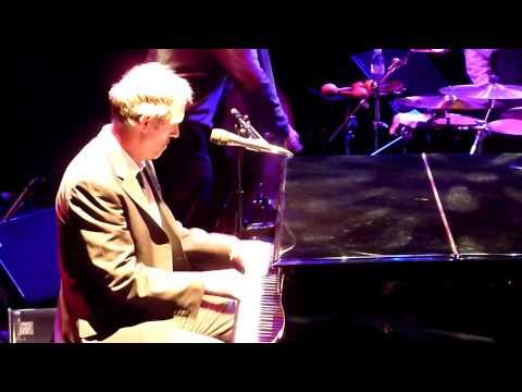 Bright Mississippi - Hugh Laurie @ Trianon, Paris, France