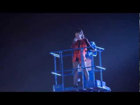 Thu Minh thể hiện đẳng cấp diva trong đại nhạc hội VinID [FULL]