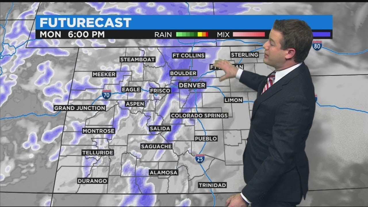 Snow continues in Denver; Another foot of snow possible in the ...