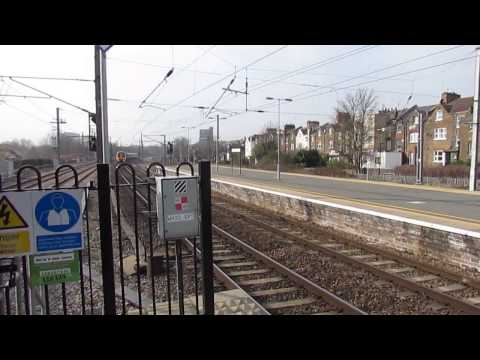 (HD) Trains at West Hampstead Thameslink, MML *Feat GatEx 387's* - 12/03/16