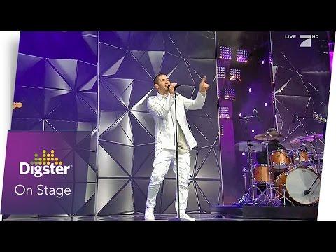 Nick Jonas im Finale von Germanys Next Topmodel (Live)