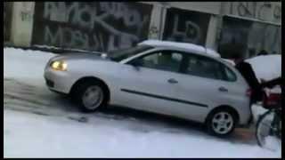 Compilation de glisse sur la neige en voiture - Joke TV