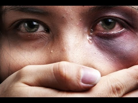 CLOSE UP - DOMESTIC VIOLENCE IN FIJI - 08/12/2013