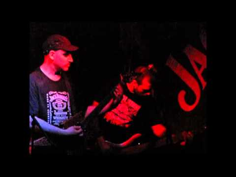 "Enthrallment ""Distorted brain patterns"" - Live"