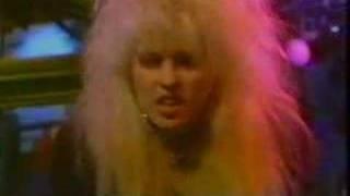 Vixen - Edge of a Broken Heart - Janet Gardner is on FIRE!  RIP Jan