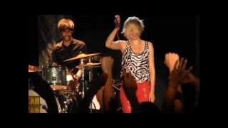 """Yeah Yeah Yeahs """"Date with the Night"""" Live at Summerfest Milwaukee, WI 06/26/2013 Encore"""