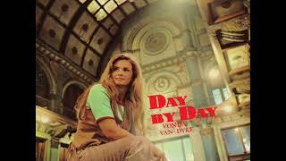 Video #319 Vonda Van Dyke ¡The First Album of Myrrh Records! Trackl...