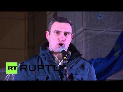 "Ukraine: Klitschko rabble rouses, accusing government of ""treason"""